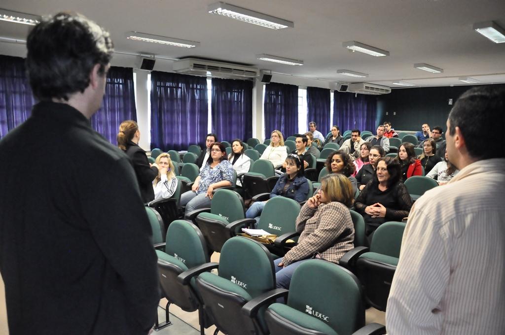 palestra-sobre-jogos-educacionais-e-realizada-na-udesc-joinville