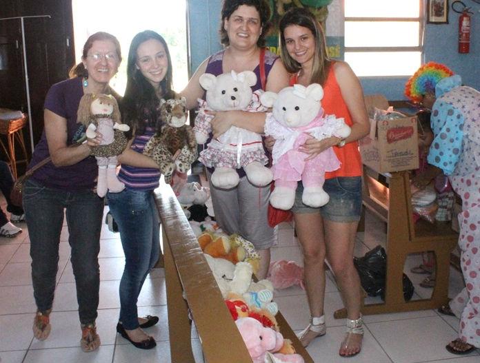 brinquedos-arrecadados-durante-a-gincamat-sao-repassados-para-pastoral-da-crianca